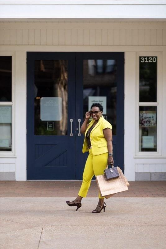 lifestyle portrait on location of woman shopping at avalon atlanta
