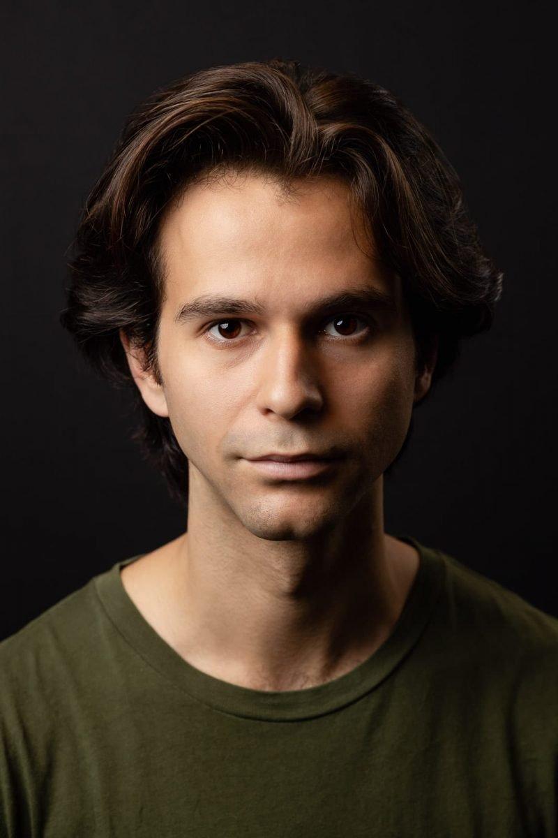 dramatic lighting atlanta male studio actor headshot