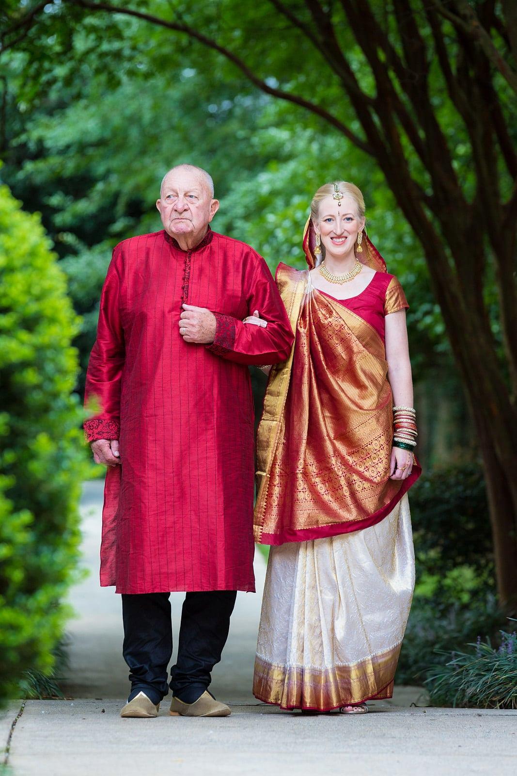 dads walks daughter down aisle for Atlanta wedding ceremony