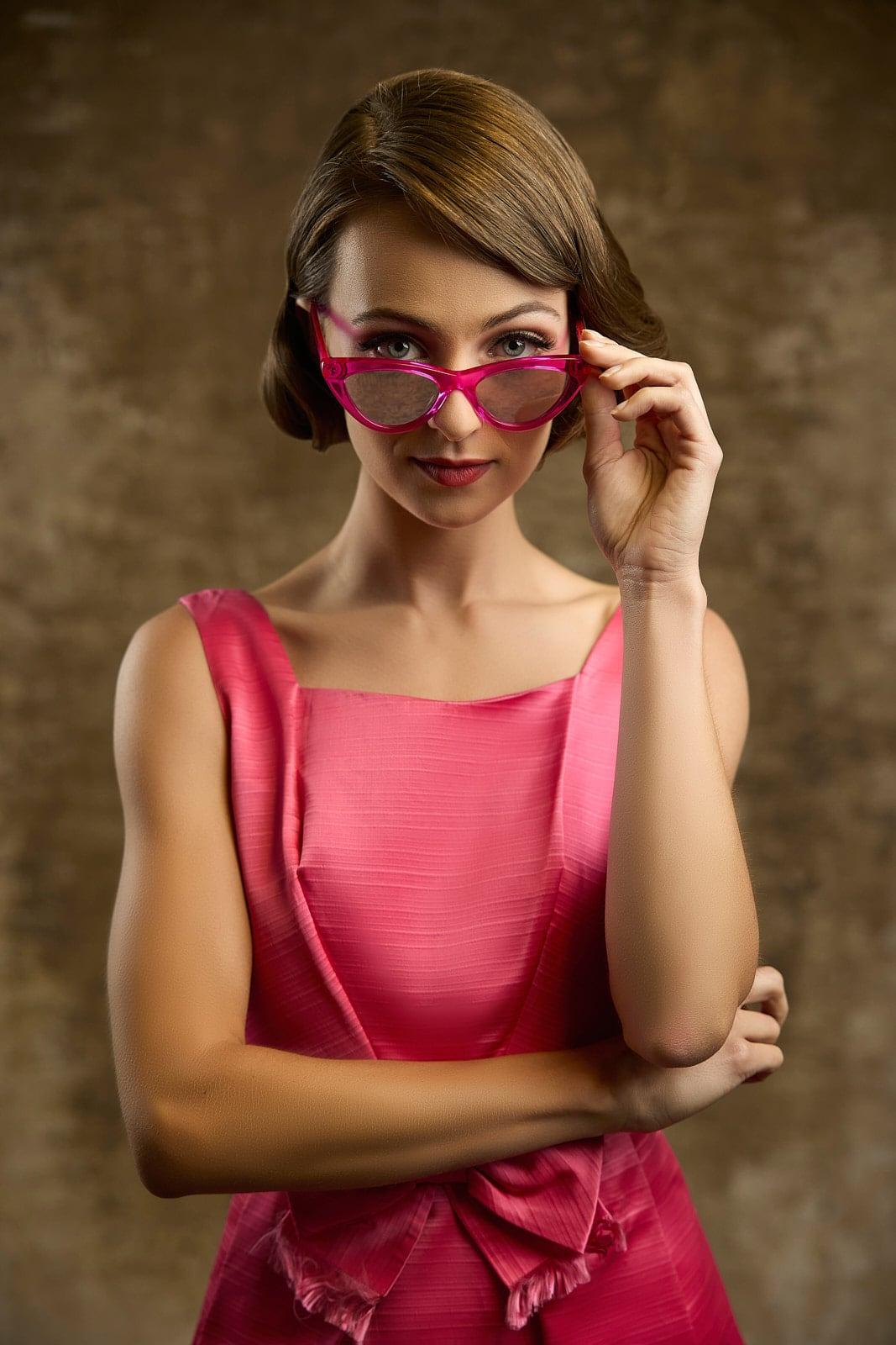 1950s pink dress and sunglasses portrait Atlanta photographer Mike Glatzer